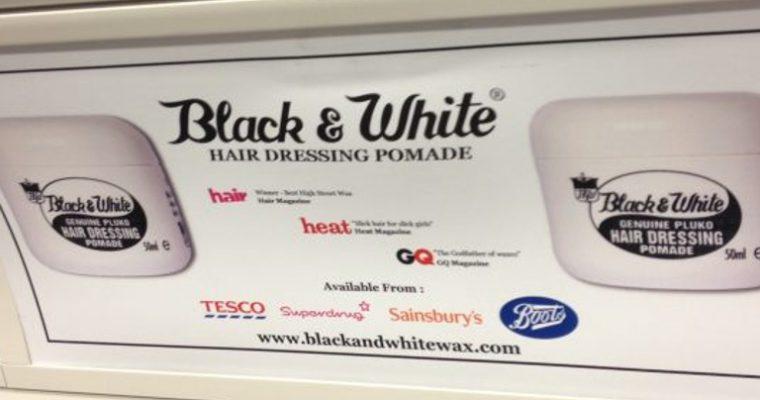 Black & White Wax Goes Underground – On London Transports Tube trains